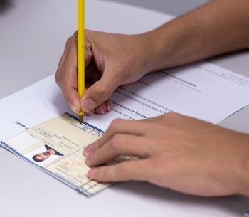 Entrega de carteira de identidade profissional  20/12/2019