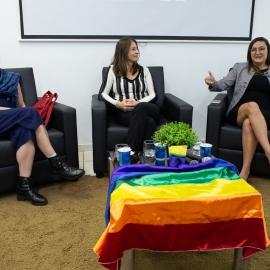LGBTfobia é discutida em roda de conversa